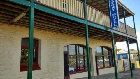 Port Hopetoun Hotel